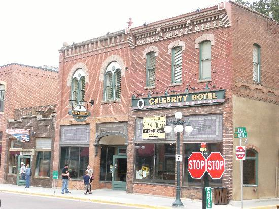 Celebrity Hotel Deadwood