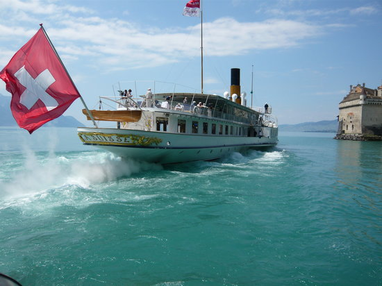 La Suisse Steam paddle boat.
