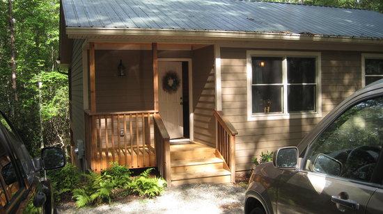 Sautee Mountain Retreat : The Wishing Well Cabin