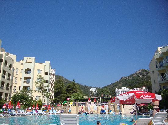 Caprice Beach: the pool