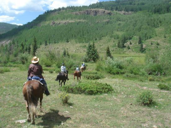 Rainbow Trout Ranch: Heading back to the ranch