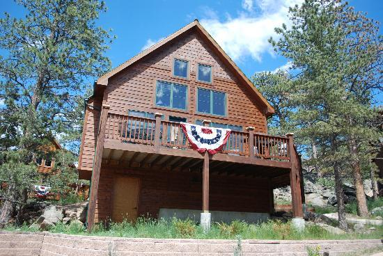 Solitude Cabins: Decorated for the 4th!