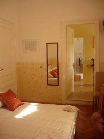 Guesthouse Vrlic: view 2