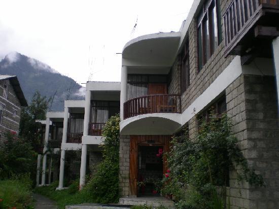 โรงแรมทัวริสต์: hotel balcony facing  mountain view
