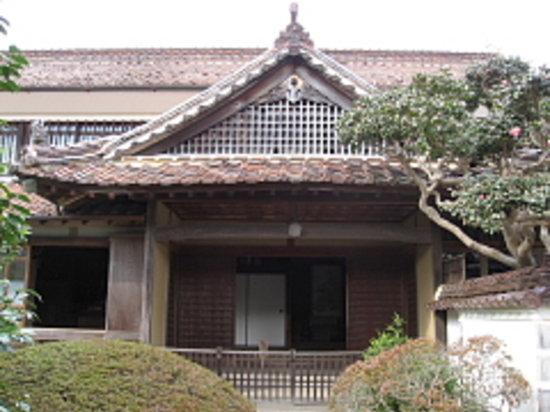 Nishie Residence: 本玄関