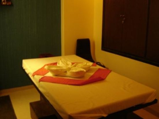 The Four Fountains Spa - Powai: Therapy Room