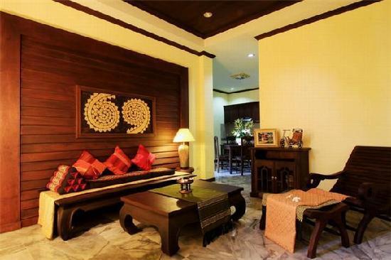I-Yarade Suite Residence: Living room