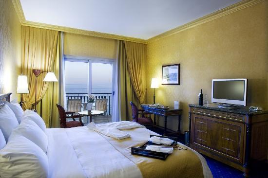 Hilton Giardini Naxos: Guestroom Plus