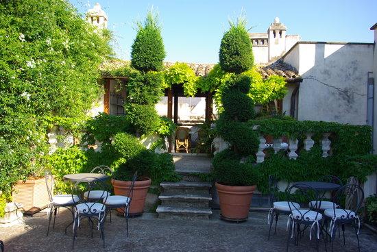 una delle 4 terrazze attrezzate all ultimo piano - Picture of Le ...