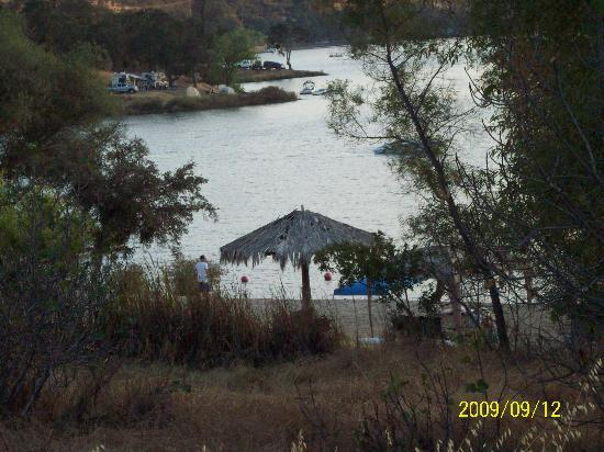 Lake Tulloch RV Campground and Marina : Entering the lake...