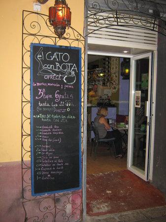 El Gato con Bota Tapas & Drinks