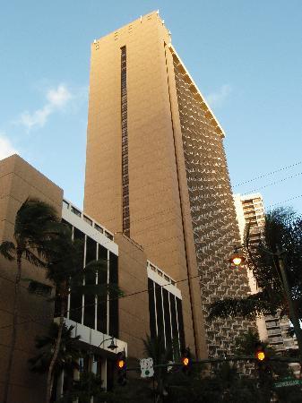 Hilton Aussenschuss schicke Architektur