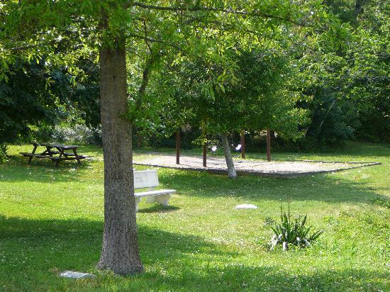 Picnic Table, bench & swings at Lake Gerar park