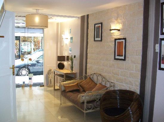 Amastan Paris: The Lobby