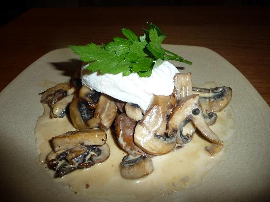 The Devonshire Arms at Pilsley - Restaurant: Derbyshire Fried Mushrooms