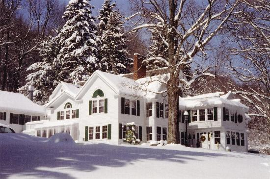 West Mountain Inn: Inn in Winter