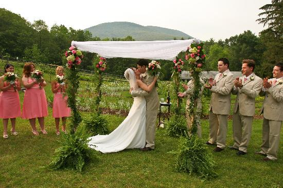 West Mountain Inn: Weddings are a specialty!