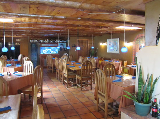 Landlocked Restaurant & Bar: Landlocked's Main Dining Area