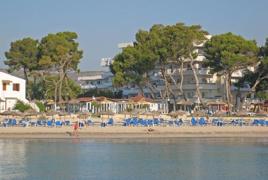 Grupotel Los Principes & Spa: Hotel from the sea