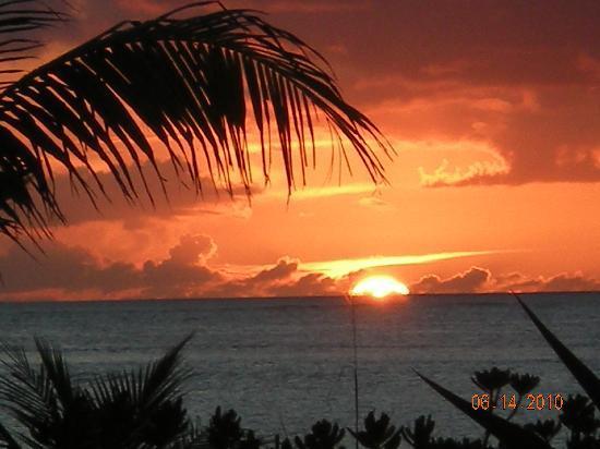 أوشن كلوب وست: Beautiful Sunset!
