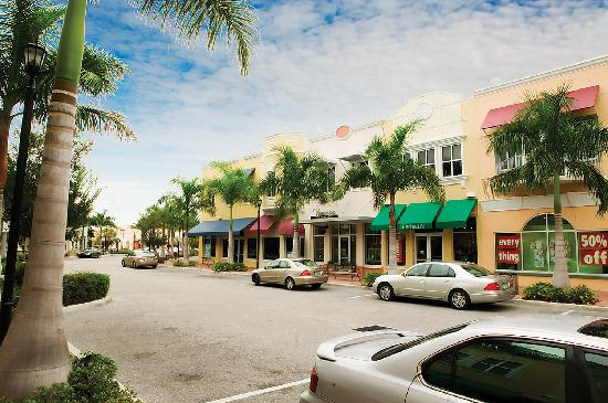 Lakewood Ranch, FL: Main Street Boutiques