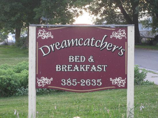 Dreamcatcher's Inn : A welcome sign