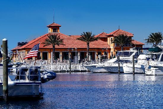 Palmetto, FL: Water front dining