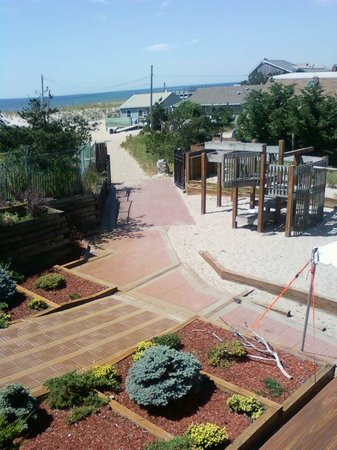 Fire Island Hotel and Resort: path to beach
