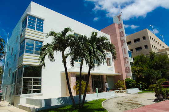 Photo of Tropics Hotel & Hostel Miami Beach