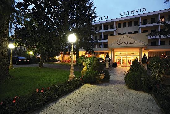 Olympia Terme Hotel : Facciata dell'hotel