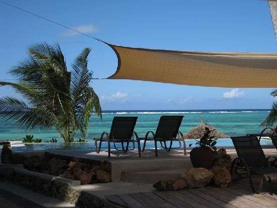 Sunshine Hotel Zanzibar: Sunshine Hotel - view from the pool