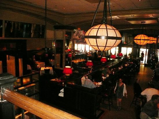Hotel Commonwealth: The bar that doubles as restaurant, bar, breakfast room etc