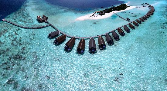 Cocoa Island by COMO: ドーニ