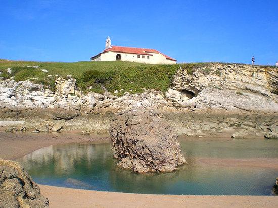 Santander, España: Ermita de la Virgen del Mar