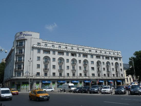 Athenee Palace Hilton Bucharest: façade hôtel