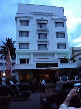 The President Hotel: front view