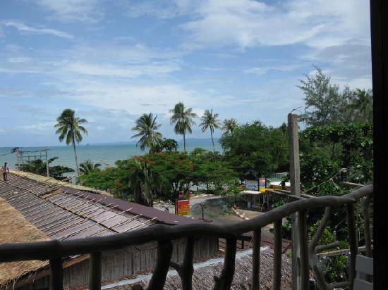 Phra Nang Inn: the beach veiw from balcony