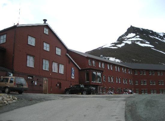 Spitsbergen Hotel: Außenansicht des Hotels