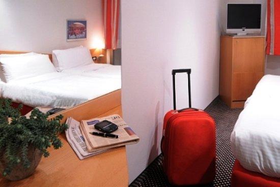 Idea Hotel Milano Corso Genova: Standard room