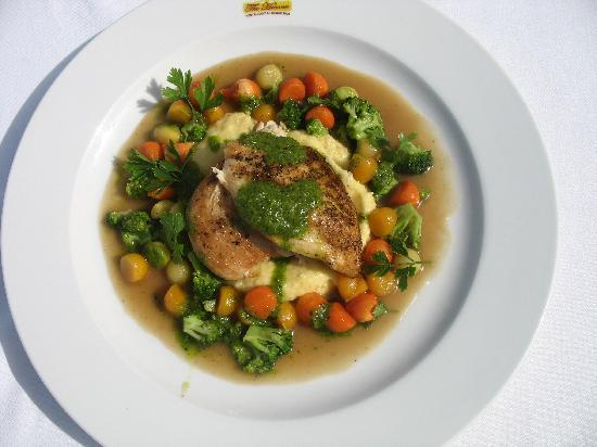 The Heaven Restaurant: Heaven's hot dish with chicken and polenta