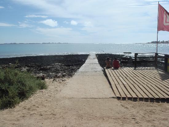 Lobosol Paradise Apartments: passerella al mare