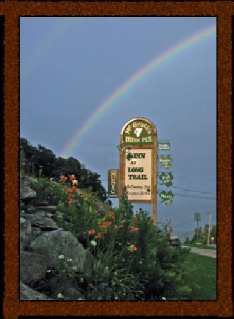 ‪‪Inn at Long Trail‬: All good rainbows lead to McGrath's Irish Pub‬