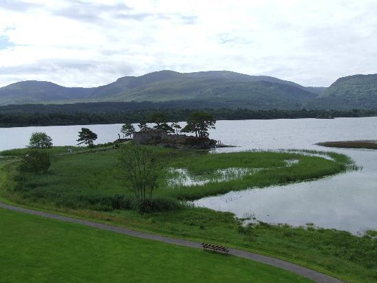 Lake Hotel : View from room
