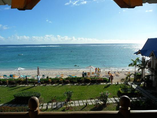 Pearle Beach Resort & Spa: The beach in front of the hotel