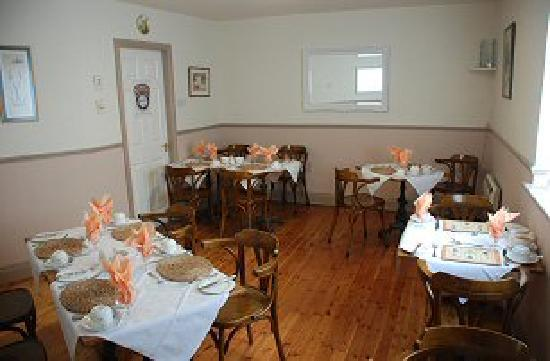 Virginia's Guesthouse Kenmare: Breakfast Room