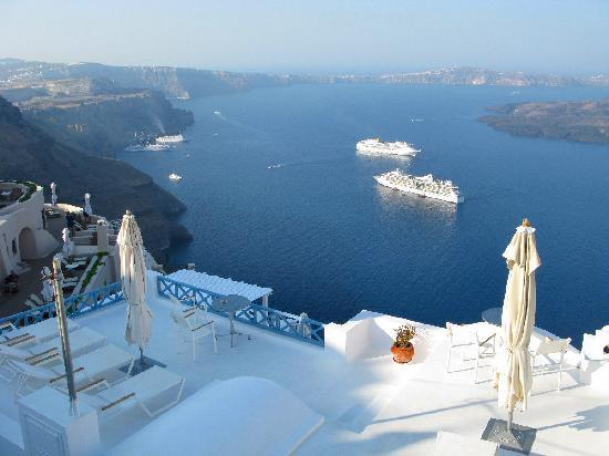 Santorini, Grekland: The passages of Pygros