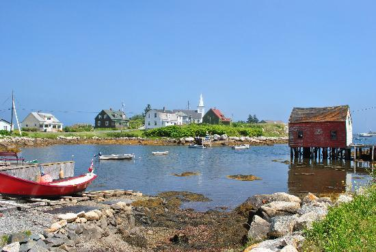 Peggy's Cove Bed & Breakfast: Nearby village of Prospect