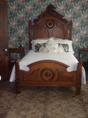 Corner George Inn : Bedroom