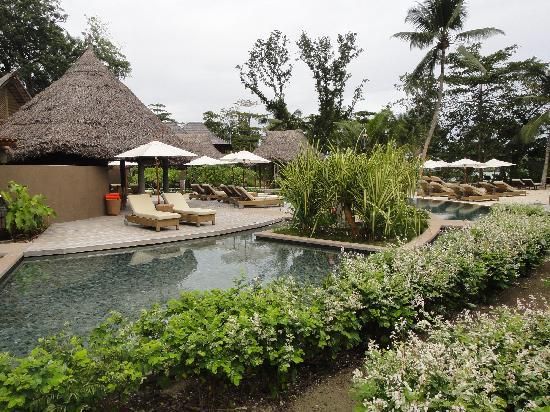 Constance Ephelia: Hotel pool