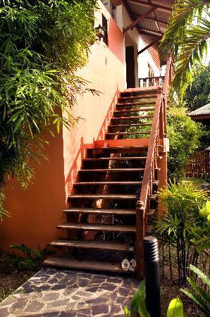 Paragon Spa Resort: Phangan Paragon stairs